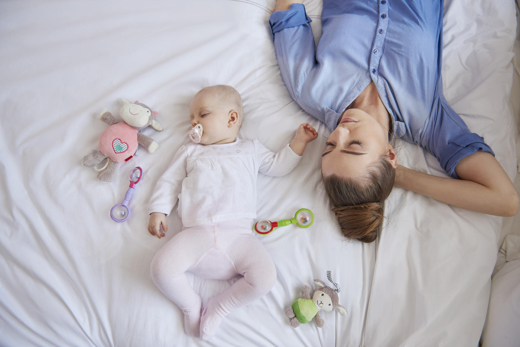 baby sleep problems solutions tips tricks parents sleep deprivation after baby