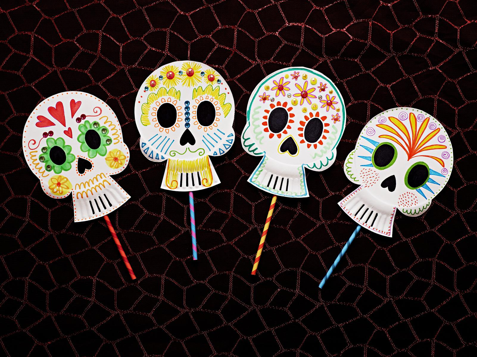 Decorate Your House with Cool & Creepy Halloween Crafts