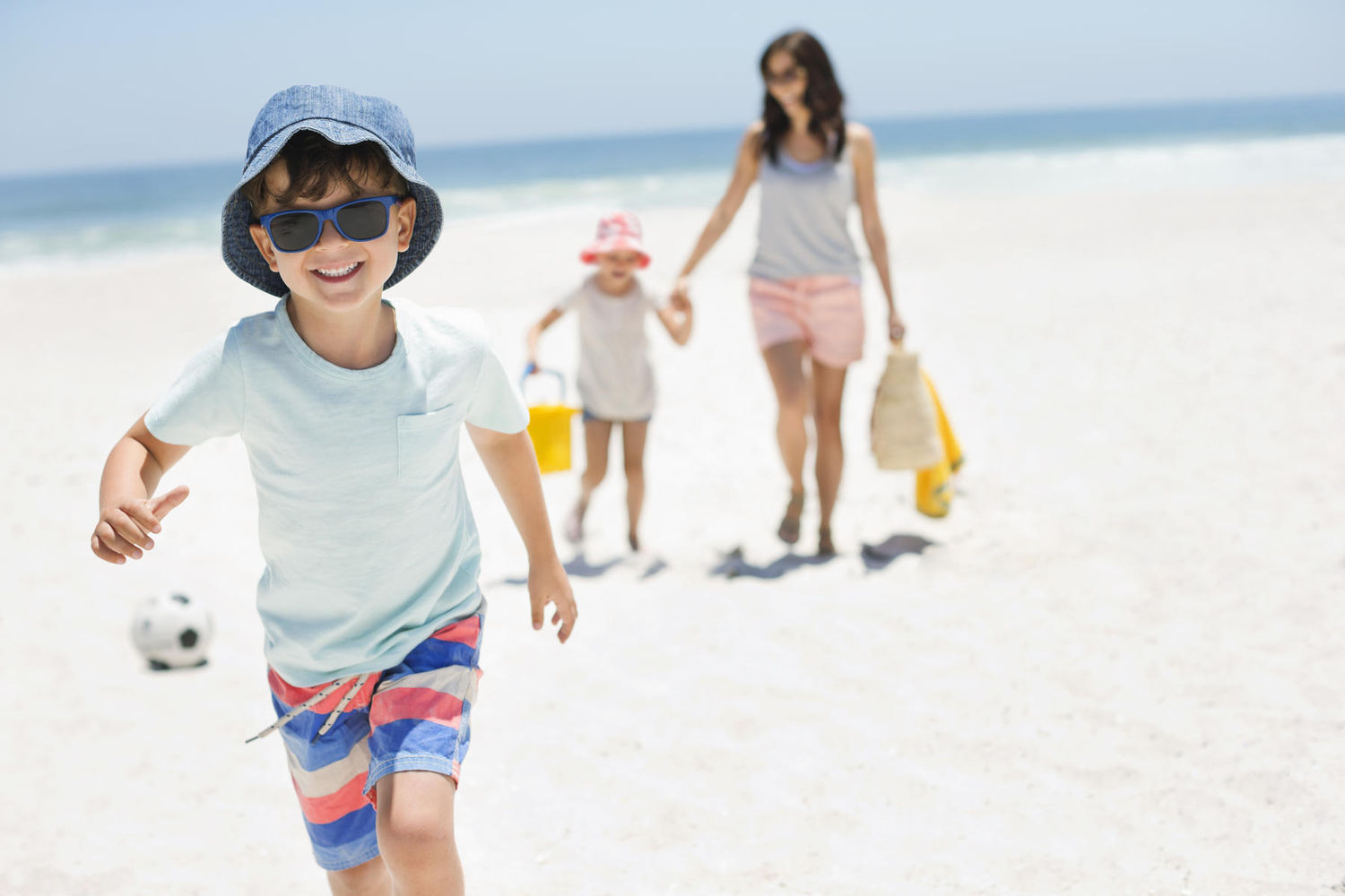 17 Tips For A Better Day At The Beach With Your Kids Parents
