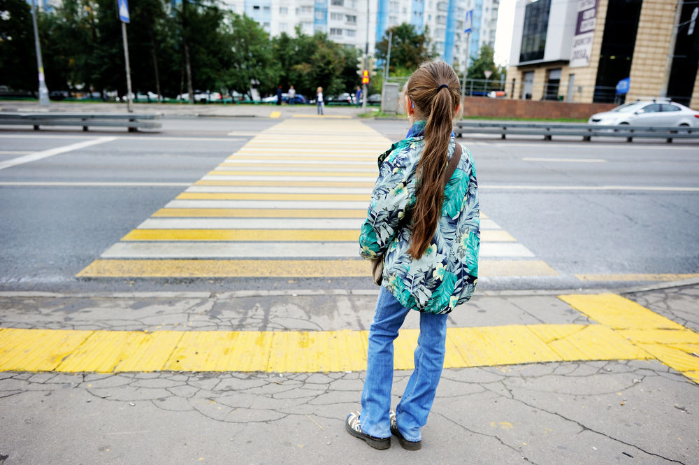 Science Says Kids Shouldn T Cross A Busy Street Solo Until