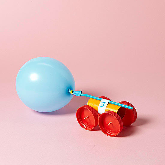 Balloon car craft made from everyday items for Fun things to build with household items