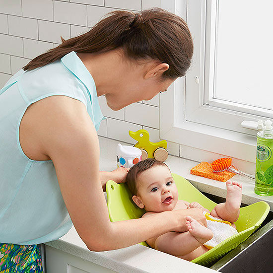 How To Bathe Newborn In Kitchen Sink