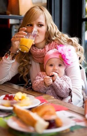 mom and baby at restaurant