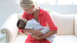 picture The Simple Way To Soothe A Crying Baby In Five Seconds