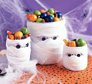 mummy candy holder craft - Halloween Crafts For Adults