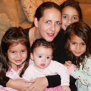 Raegan Moya-Jones with her four daughters