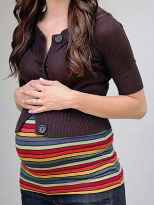 Gotta Have It: Convert Your Shirts into Maternity Wear