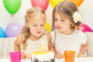17 Tips to Throw a Kids' Birthday Party on a Budget