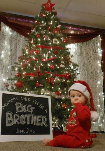 Our Favorite Holiday Pregnancy Announcements