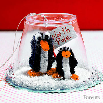 Homemade christmas gifts kids can make for Easy crafts for christmas presents