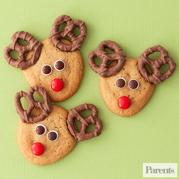 Kid-Friendly Christmas Cookies: 12 Treats To Make Together