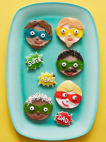 5 Fantastic Fathers cookies and 3 Splat cookies