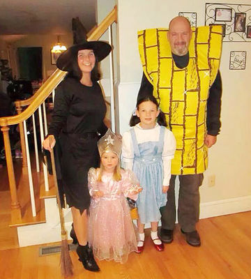 group and family halloween costumes - Family Halloween Costumes For 4
