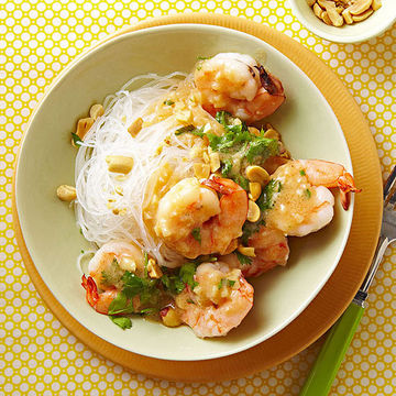 Shrimp with garlic, ginger, and lime