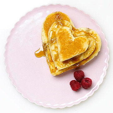 heart shaped pancakes