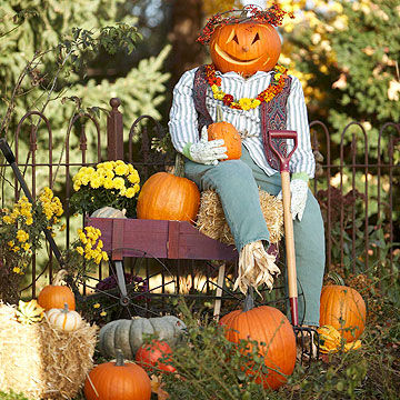Halloween and fall inspired decorations for your home for Scarecrow home decorations co ltd
