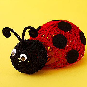 Yarn crafts kids can make from for Ladybug arts and crafts