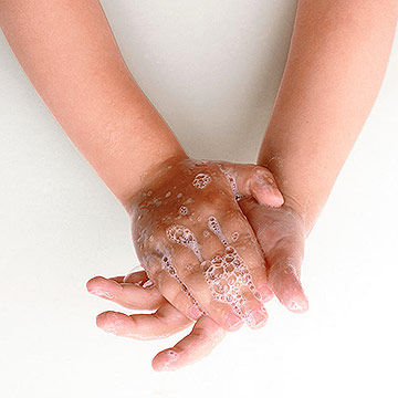 a paper on germs and how they spread These tips will help you stop germs from spreading:  with a paper towel or a  disinfecting disposable wipe so you can throw it into the trash can.
