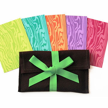 Earth-friendly Note cards in assorted colors