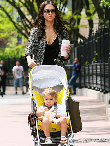 Jessica Alba with daughter Honor Marie