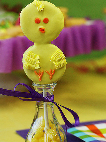 Easter chick pop