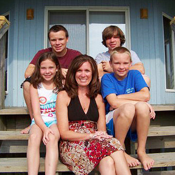 Vivienne Borne and family