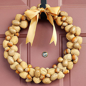 Nutty Wreath