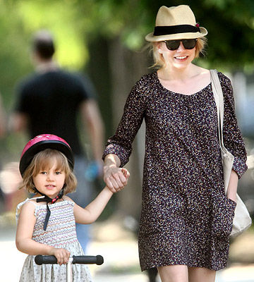 Michelle Williams with daughter Matilda