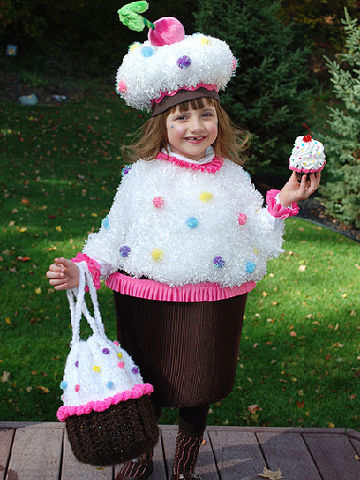 Easy Little Girl Halloween Costumes from Real Moms!