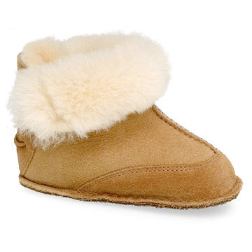 Ugg Boo Bootie in Chestnut