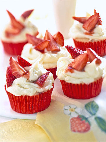 Berry-Capped Cupcakes