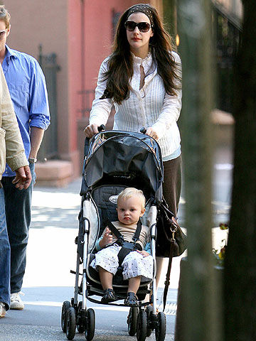 Liv Tyler pushing son in stroller