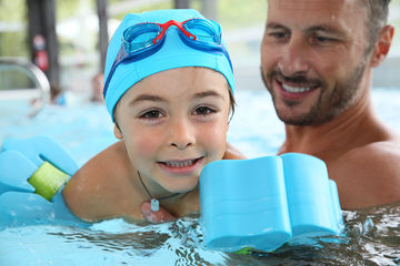 Kids Swimming the benefits of swimming for kids with autism and how to teach