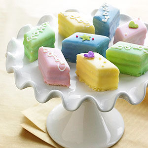 Baby Shower Petits Fours