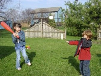 Study: Outdoor Playtime May Help Kids' Vision 29332