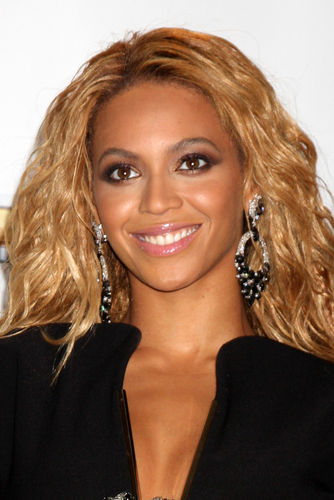 Beyoncé and Jay-Z Welcome Daughter Blue Ivy 29430