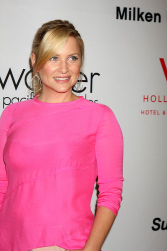 Actress Jessica Capshaw Pregnant with Third Child 29451