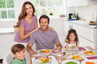 The Benefits of Family Meals 37646