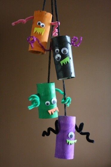 happy hooligans - Halloween Crafts For Preschoolers Easy