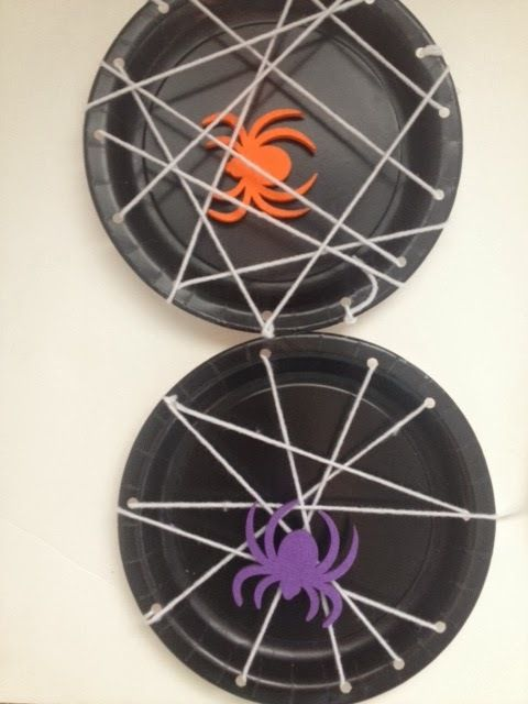 spider web plates - Halloween Crafts For 8 Year Olds