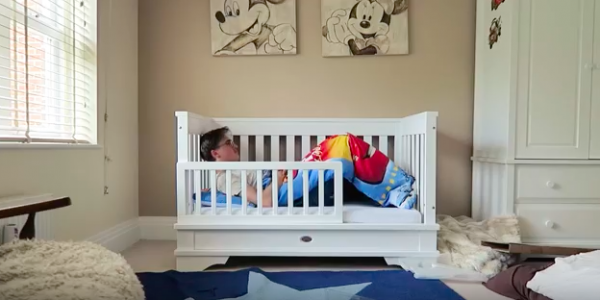 This Dads Video Of Converting A Crib To A Toddler Bed Is LOL - Convert crib into toddler bed