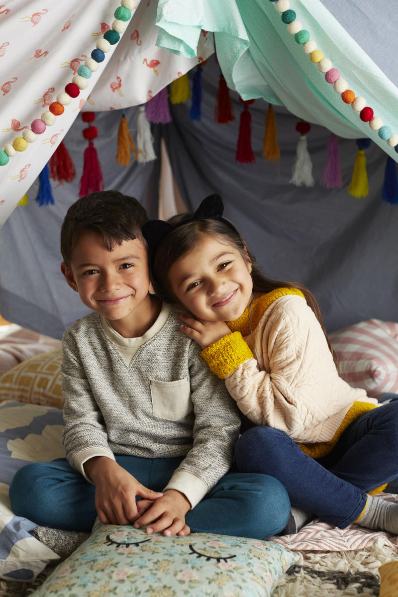 4 Tips For Creating A Cool Blanket Fort Kids