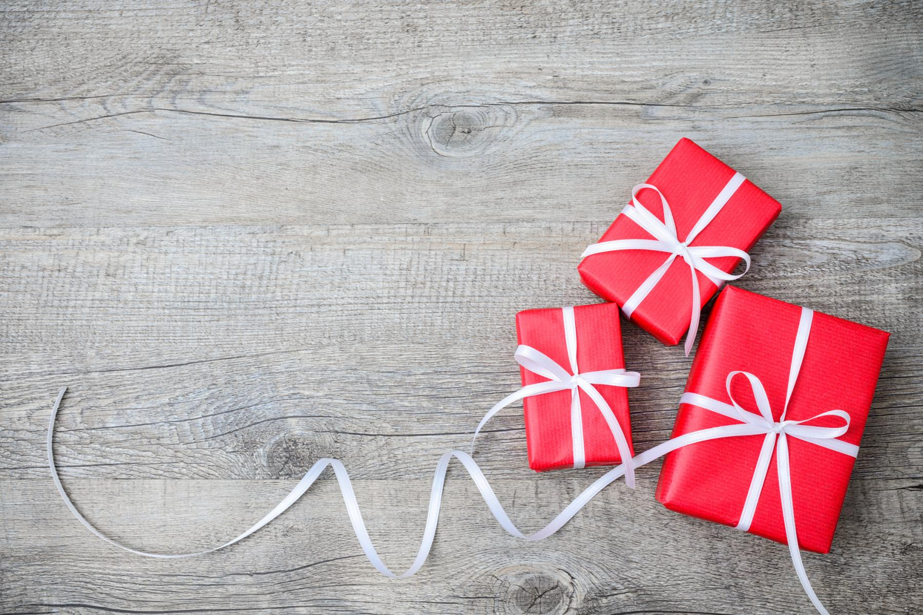 Hack the holidays 7 gift wrapping strategies for busy parents hack the holidays 7 gift wrapping strategies for busy parents parents negle Gallery