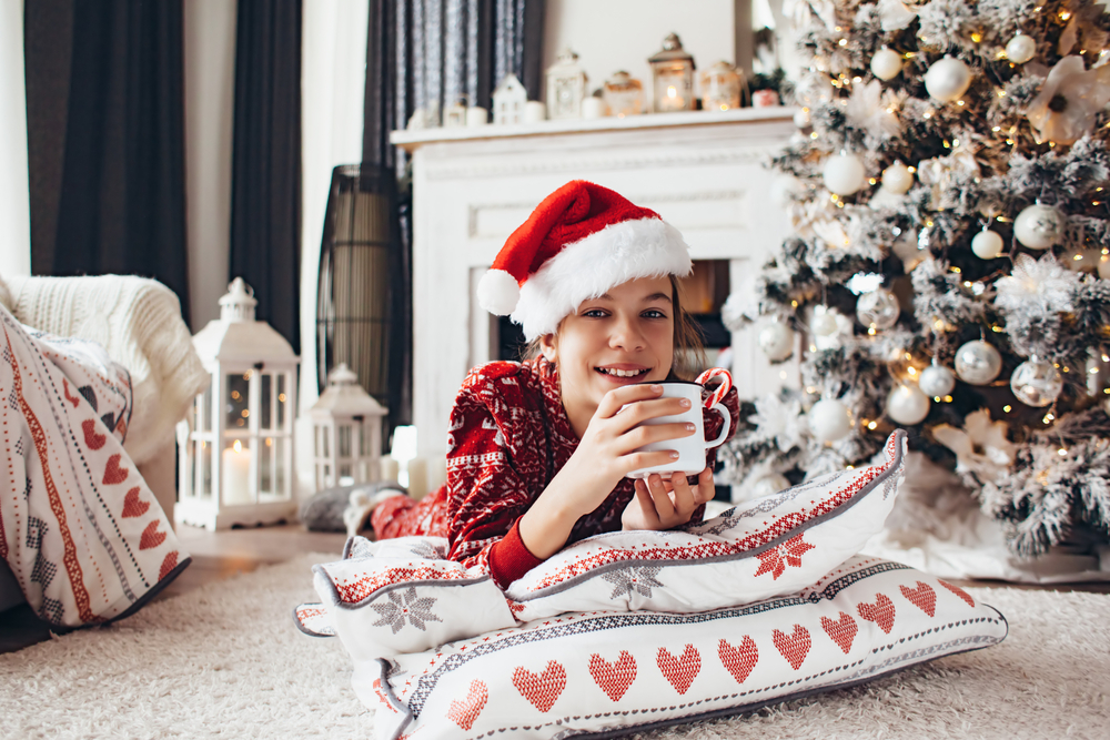 7 ways to keep the magic of christmas alive for older kids - Kids Santa