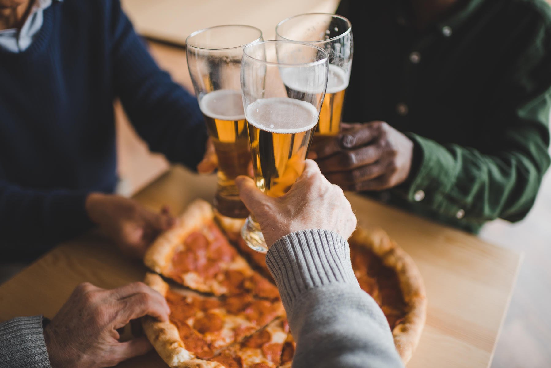 Pizza Hut Beer and Pizza Delivery