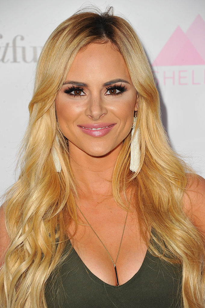 Bachelor In Paradise Star Amanda Stanton Fires Back At