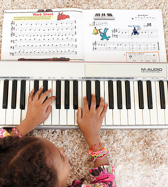 The 6 Benefits of Music Lessons