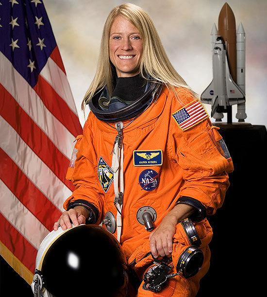 How Nasa Astronaut Karen Nyberg Parents From Outer Space-3817