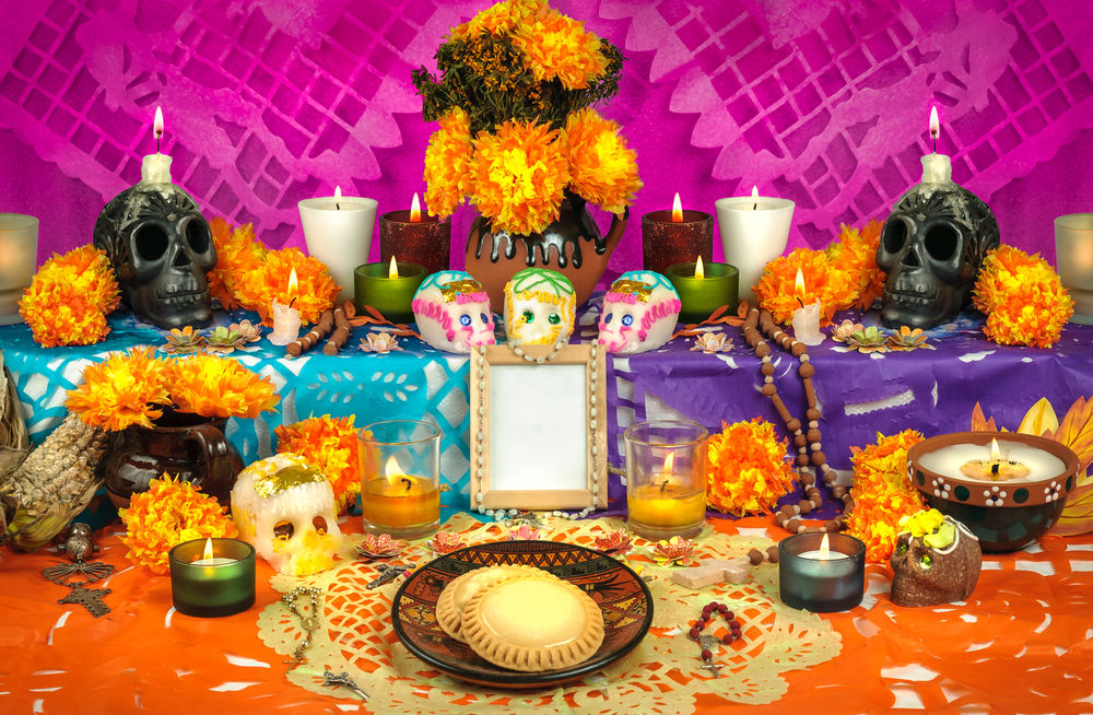 the traditional dish of mexico pan de muerto for the day of the dead Celebrate day of the dead with everything from pumpkin mole to día de los muertos, or day of the dead these are called guaguas de pan and are traditional.