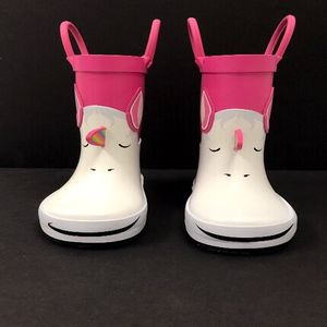 Target Recalls Toddler Boots Due to Choking Hazard recall image